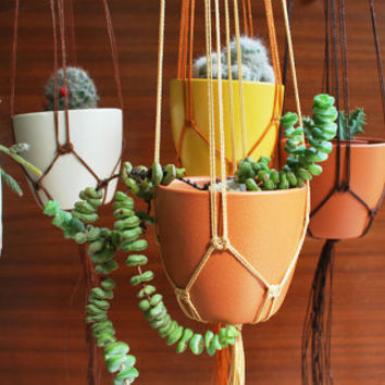 Rustic Wedding Decor / Ceramic Pot Holder / Macramé Plant Hanger / Brown Cream Copper / Air Planter / Wedding Favour