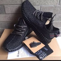 Yeezy Boost 350 V2 Low Pirate Black Size 10