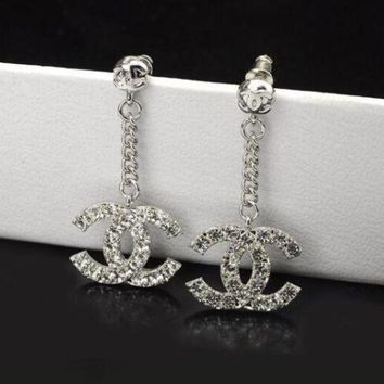 DCCKB62 Chanel Fashionable Women Chain Diamond Long Style Earrings Earrings
