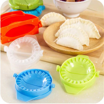 1PCS DIY Ravioli Wonton mold Machine Dough Press Pie Device Kitchen Cooking Pastry Tooling Dumplings dessert Maker Mould Tools