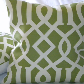 Trellis Accent Pillow Indoor/Outdoor