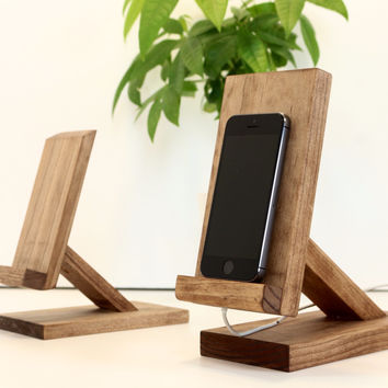 Wood iPhone/iPad Mini Stand