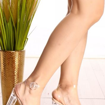NUDE OPEN TOE ANKLE BUCKLE STRAP CLEAR TRANSPARENT PERPETUAL PERSPEX CHUNKY HIGH HEEL