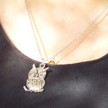 "Owl and wired bead 18"" Necklace"