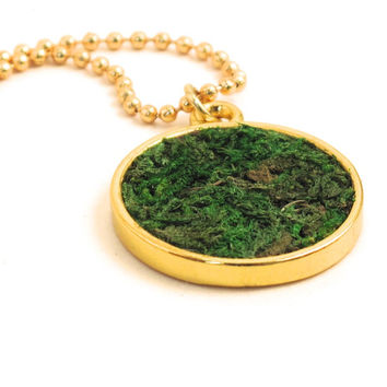 Gold Moss Necklace, Eco friendly Moss Pendant, Terrarium Necklace, Living Plant Jewelry, Terrarium Jewelry, Gardener, Naturalist