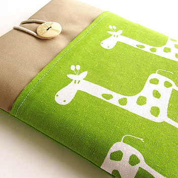 Ipad Sleeve, Ipad cover, Ipad Case Padded. pocket-Green giraffe