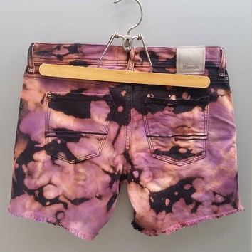 Tie Dye Bench Shorts, Womens Size 8, Medium, Distressed Denim Shorts, Frayed Shorts, Festival Shorts, Summer Shorts