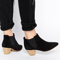 ASOS RAILTON Pointed Suede Western Ankle Boots