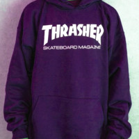 """Thrasher""Men and women with the flame hooded couples sweater(white-red letters) Purple"