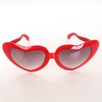 Red Over Size Heart Frame Gradient Tint