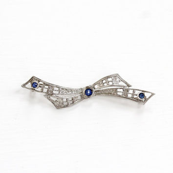 Vintage Art Deco Simulated Sapphire Flower Bow Pin - Vintage 1930s Art Deco Filigree Floral Blue Glass Brooch Costume Jewelry