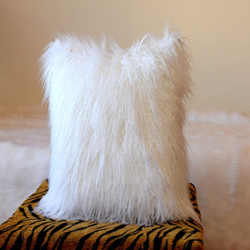 Double Sides White Faux Fur Pillow Cover Decorative Cushion Cushion Covers For Sofa Vegan Pillowcase Cushions Home Decor