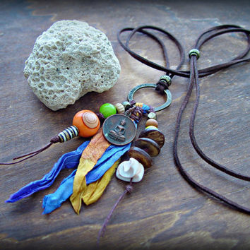 Sandalwood Necklace / Yoga Necklace / Yoga Jewelry / Tibetan Necklace / Conch Shell Necklace / Tribal Necklace / Ethnic Necklace