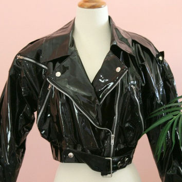 Short Crop Black Vinyl Side Zip Belted Jacket Size Small