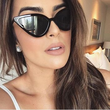 Newest Sexy Lady Cat Eye Sunglasses Fashion Women Vintage Wrap Metal Legs Clear Lenses Sun Glasses For Female UV400 1503T