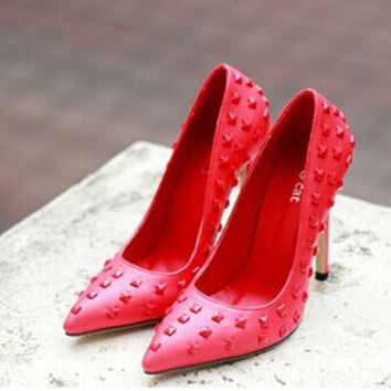 High Heel Star Pointed Toe Rivet Shoes = 4814711364