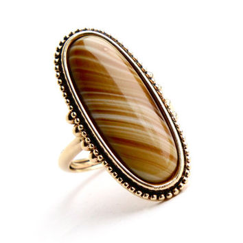 SALE - Vintage Yellow Brown Stone Ring - Signed Avon Statement Gold Tone Faux Agate Tigers Eye 1970s Jewelry / Shimmering Sands