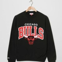 Buy  Mitchell & Ness Chicago Bulls Arch Sweatshirt - Mens Fashion Online at Size?