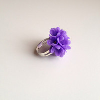 Lilac ring, lilac jewelry, flower ring, polymer clay ring, polymer clay jewelry, floral jewelry, floral ring, clay flowers, flower jewelry