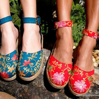 Embroidered Floral Ankle Strap Wedge Womens Shoe In Teal Or Red
