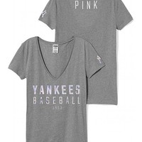 New York Yankees Fitted V-Neck Tee
