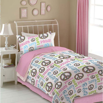 Veratex Indoor Bedroom Decorative Bedding Accessories Peace And Love Comforter Set Full Pink/White