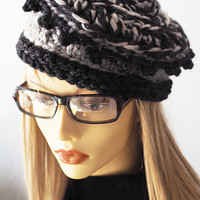 Gray hat / knit pillbox /  chunky knit cap / OOAK hat / charcoal grey beret / black white pillbox hat / woman winter hat / teen girl hat