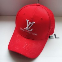 LV Louis Vuitton New Popular Women Men Simple Embroidery Breathable Sports Sun Hat Baseball Cap Hat Red I13118-1