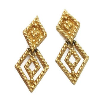Monet Rope Twist Geometric Diamond Shaped Dangle Clip On Earrings - Gold Tone Openwork Drop Earrings Designer Signed Vintage Monet Jewelry