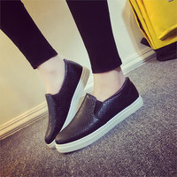 Spring Autumn Women Leather shoes For Woman Black Loafers snakeskin shoes slip on Loafer Casual Shoes zapatos mujer