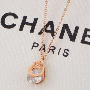 8DESS Chanel Women Fashion Diamond Necklace Jewelry