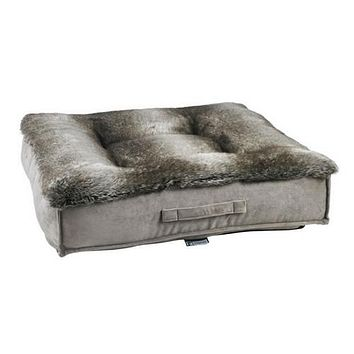 Faux Fur Square Piazza Dog Bed — Chinchilla