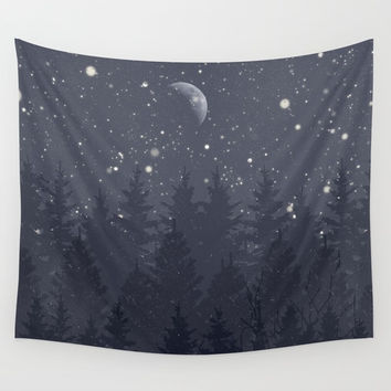 Night Full Star Wall Tapestry by Berwies