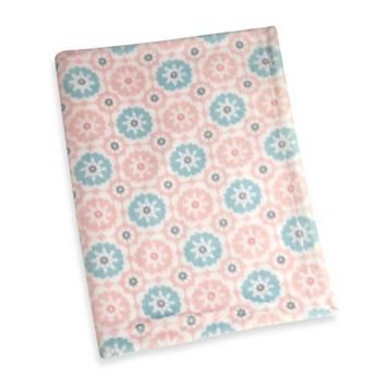 Wendy Bellissimo™ Mix & Match Medallion Print Plush Blanket in Pink