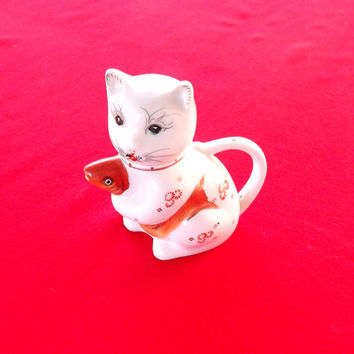 Cat Tea Pot, Ceramic Porcelain Asian Cat holding a Goldfish Teapot, Good Luck Cat Chinese Pot