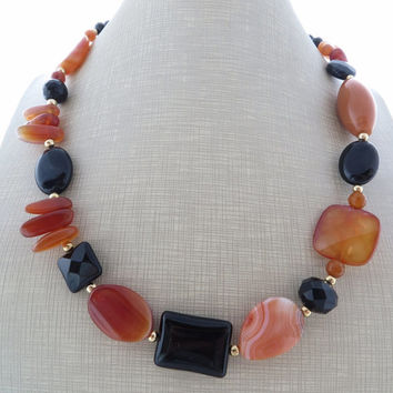 Black onyx necklace, orange agate choker, uk beaded necklace, gemstone necklace, aventurine necklace, semi precious stone jewelry, gioielli