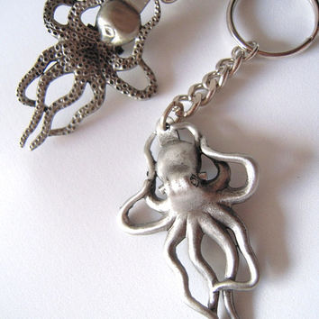 Pewter octopus key chain / bag pull, marine animal, steampunk theme, necklace fob,divers gift . men women gift, N. America,ocean / nautical.