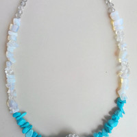 White and turquoise gemstone necklace, Natural stone and bead necklace, gemstone jewellery, everyday jewelery, gift item, wedding jewelery