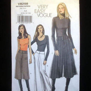 Vogue Pants and Gaucho Misses or Misses Petite Size 6, 8, 10, 12 Very Easy Vogue 8298 Sewing Pattern Uncut