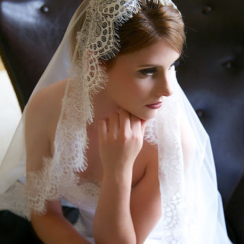 Cathedral veil, Scalloped lace edge veil, Traditional Tulle Wedding Veil, Mantilla lace veil, English tulle lace Edge Veil, STYLE 329