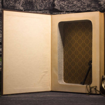 Hollow Book Safe - The World's Greatest Literature - Ivanhoe - Sir Walter Scott - Vintage (1936)