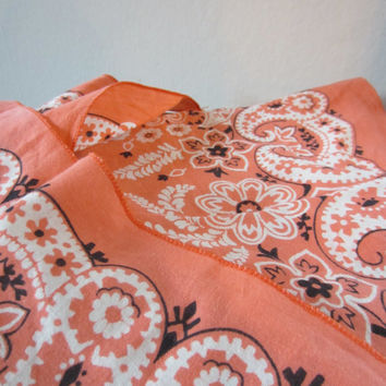 Vintage Peach Paisley Bandana, Made in USA // Vintage Scarf // Western Handkerchief