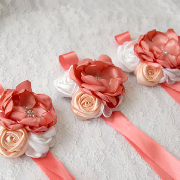 Fabric flower wrist corsage, set of 3, bridal wrist corsage, weddings, wedding accessory, wedding fabric corsage, Bridesmaid cuff bracelet