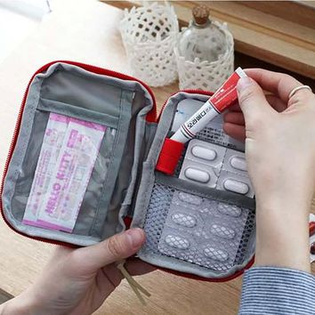 Safety & Survivl Small Aid Kit Outdoor First Aid Emergency Medical Kit Survival Bag Wrap Gear Hunt Travel Safety first-aid Bag
