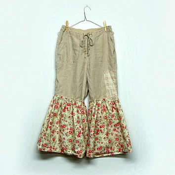 Ruffle Capris, Boho Linen Pants, Shabby Chic Bloomers, Pantaloons, Ewa I Walla Mori Girl Style, Sustainable Upcycled Clothing