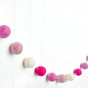 Valentines Day Decor, Felt Pom Poms, Valentines Felt Ball Garland, Ombre Pink Felt Ball Garland,Pink Baby Shower Decor, Pink Decoration