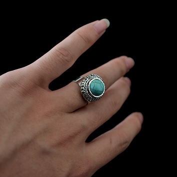 Bohemain Punk Style Vintage Silver Round Shape Carving Flower Turquoise Rings For Women Men Jewelry
