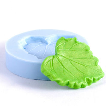 Jewelry Leaf Mold resin, polymer clays, metal clays, glass, paper flexible silicone mold is easy to use. (204)