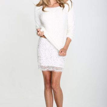 EMILY FUZZY PULLOVER SWEATER