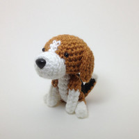Beagle Amigurumi Dog Stuffed Animal Doll Crochet Dog Handmade  / Made to Order